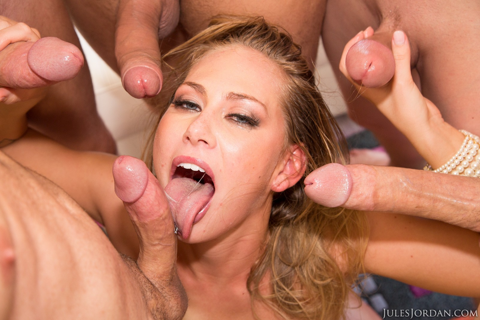 carter cruise first scene