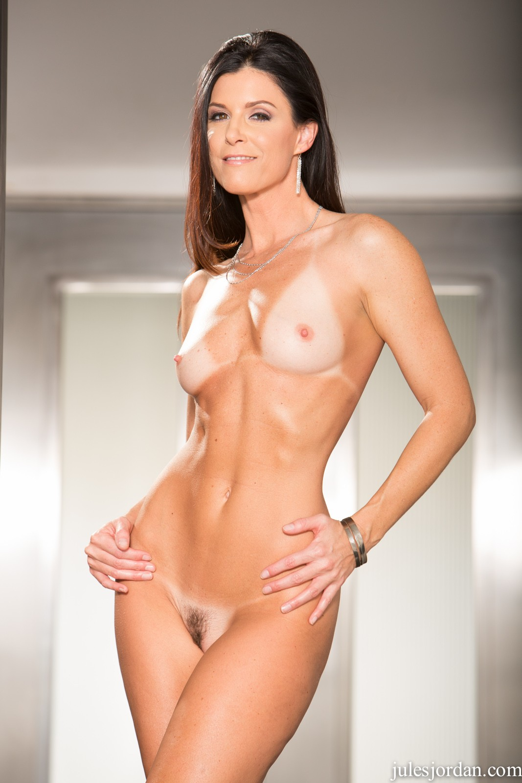 India Summer Handymen Needed For DP Featuring India Summer