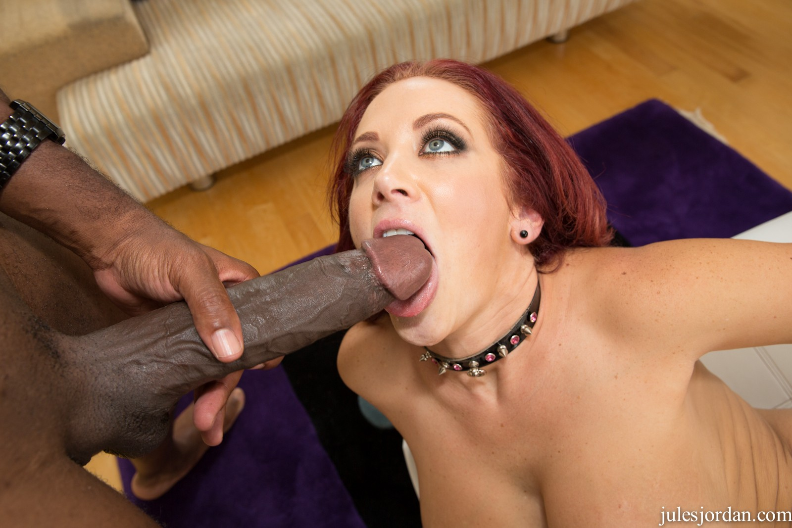 18 inches monster bbc up her ass 10