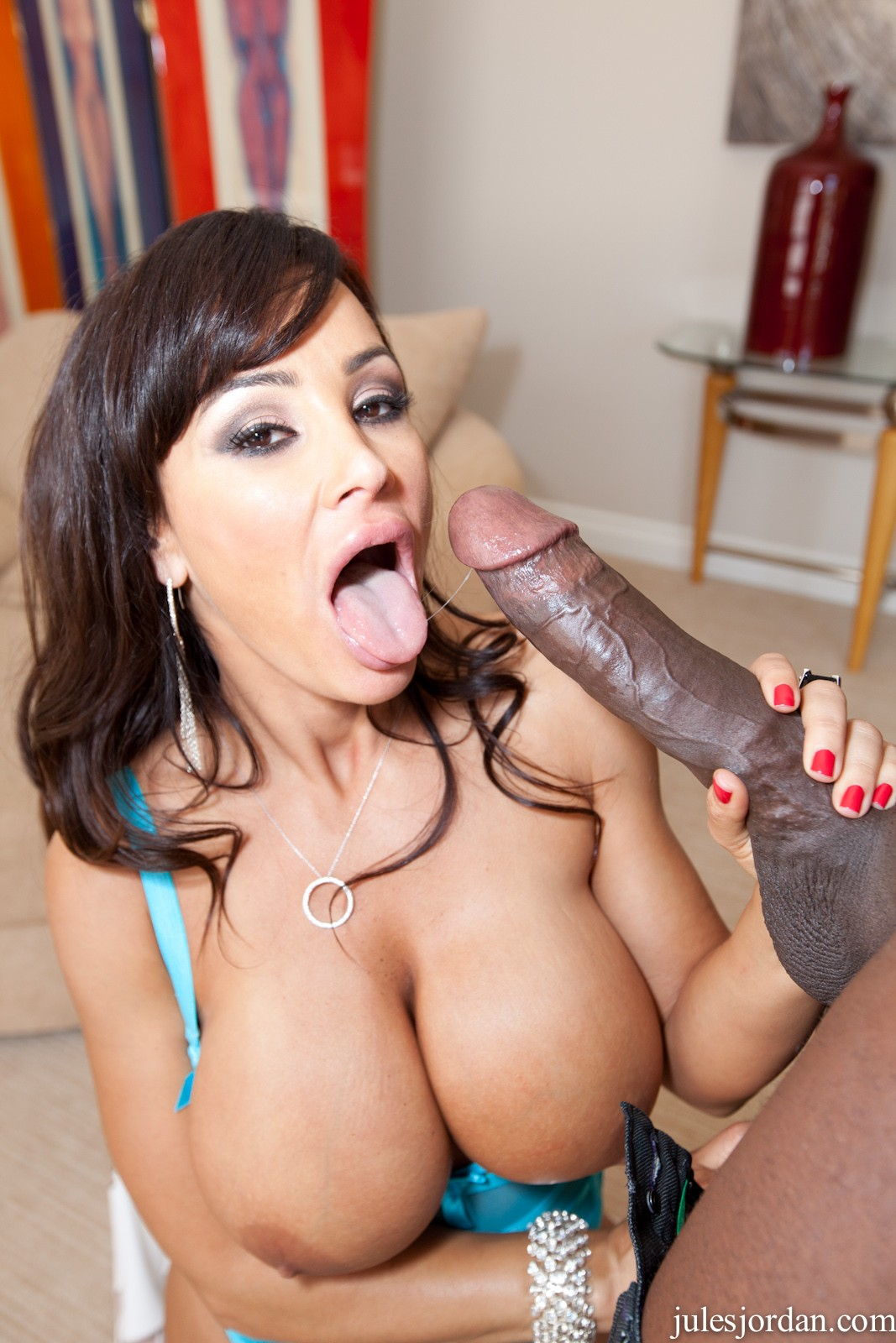 Courtney foxxx loves cocks