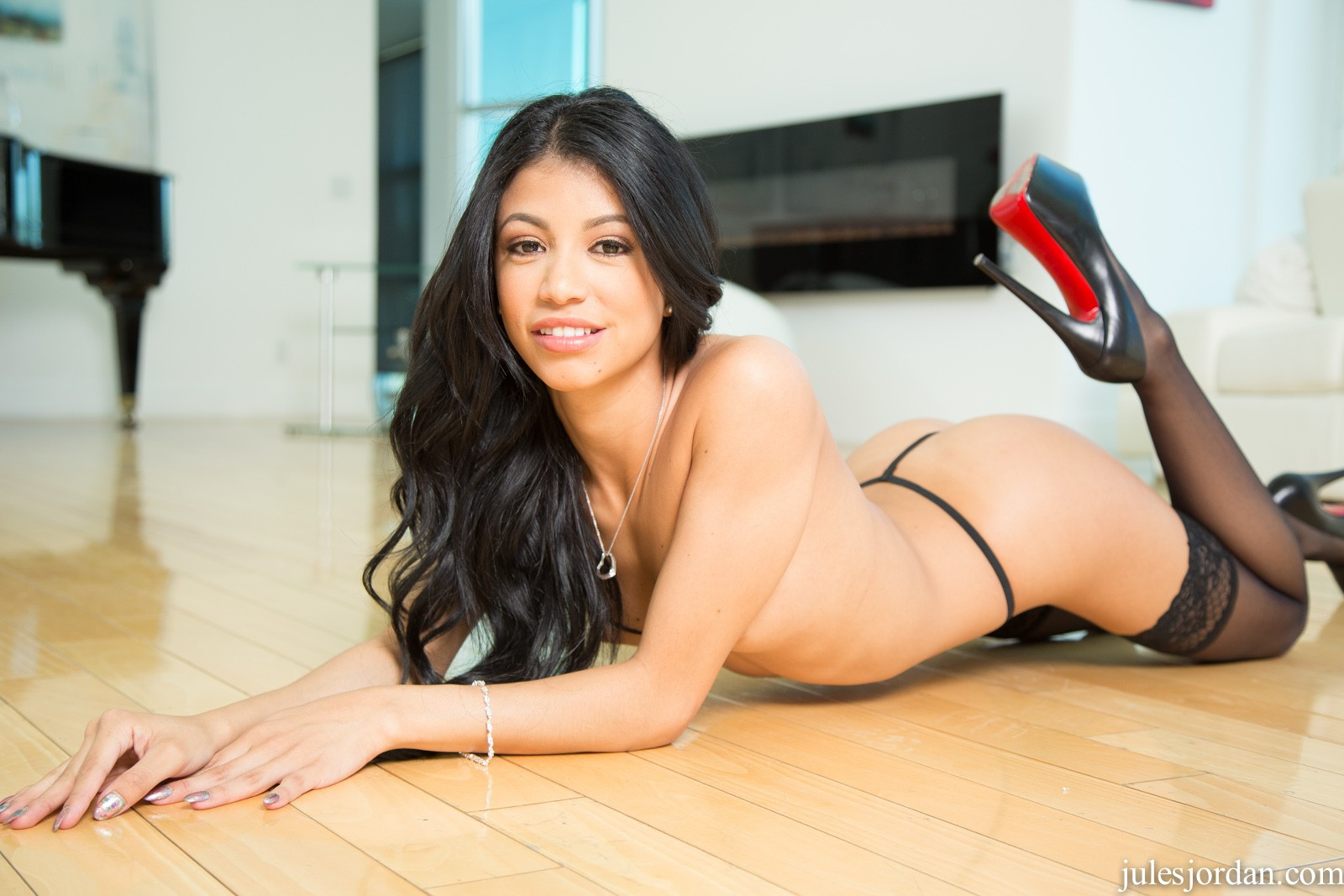 Veronica Rodriguez Young Petite Latina Doll Featuring Veronica Rodriguez